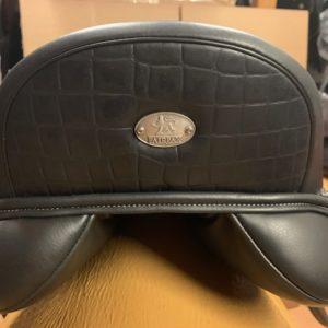 fairfax world class dressage saddle